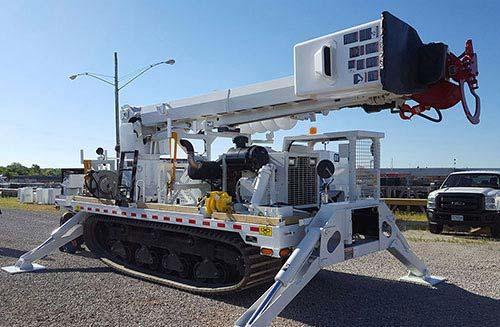 CME-800XR Rough-Terrain Carrier