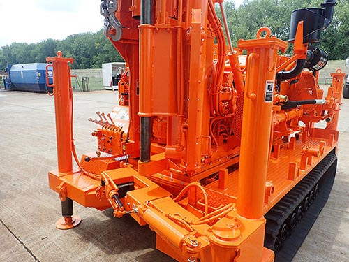 CME-55/300 Track Mounted Drill Rod Holder